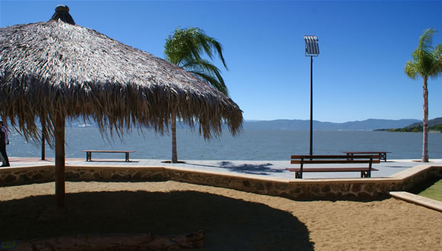 Mexico Voted # 1 in World To Retire 2017: Lake Chapala ...