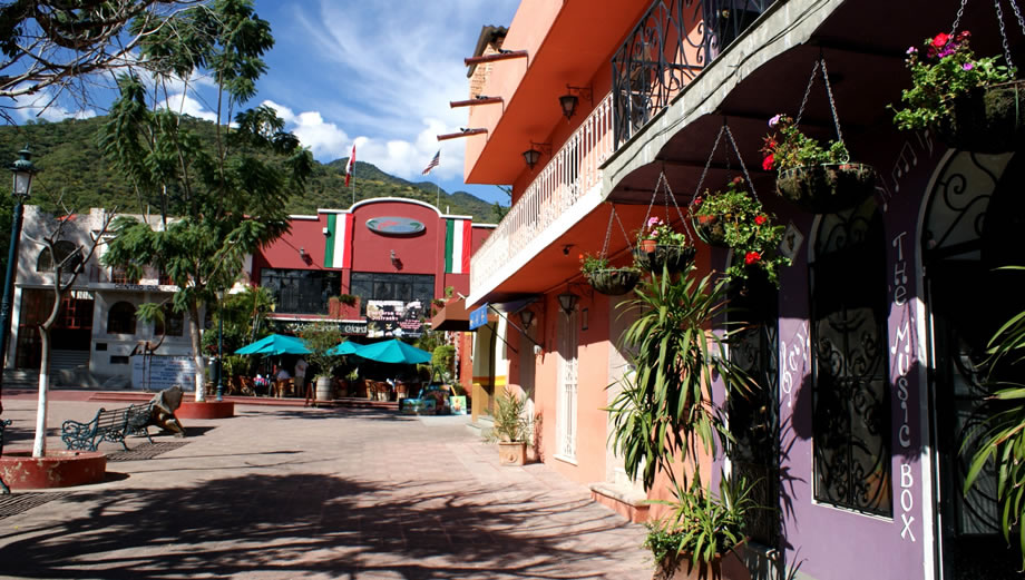Ajijic One Of The Largest Expat Communities In Mexico