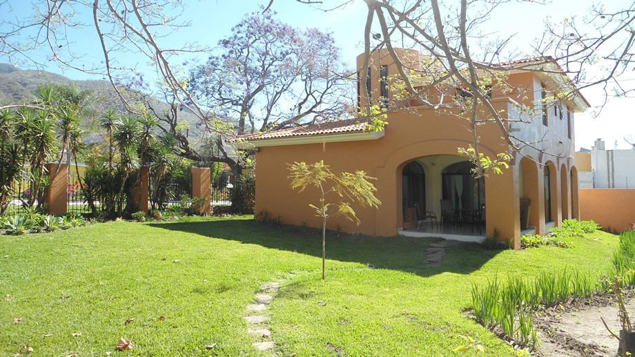 real Lake estate mexico chapala