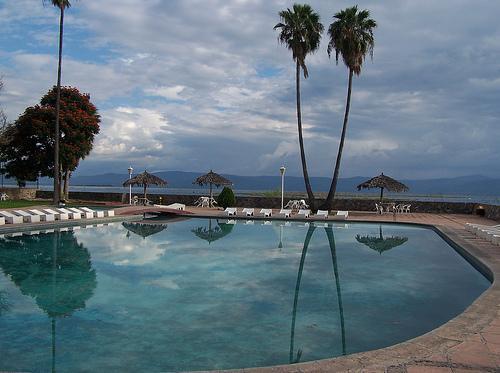 Villa mercedes in ajijic mexico for Monte villa motor inn