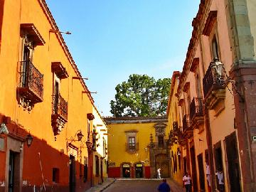 A Colonial City in Real Mexico